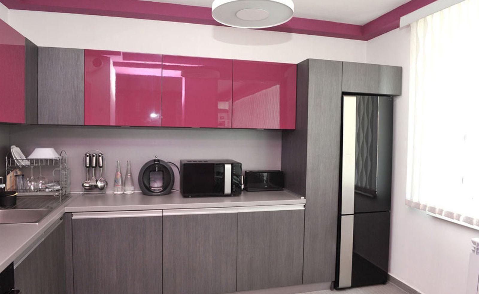 Дизайн кухни красного цвета 2017-2018